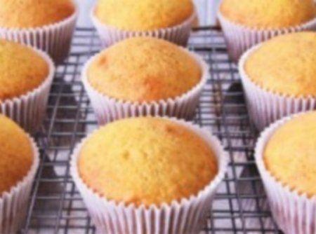 Receita b�sica de Cupcake - Veja mais em: http://www.cybercook.com.br/receita-basica-de-cupcake.html?codigo=15565