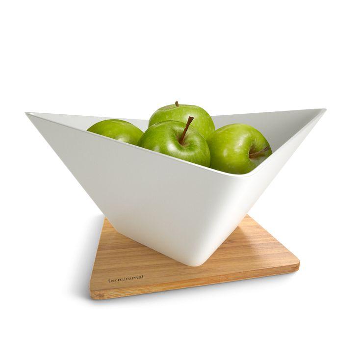 Použitelná jako cedník pro odkapávání umytého ovoce a následně jako běžná dekorativní mísa na ovoce. Bambusová podložka slouží k zachycení posledních stékajících kapek.