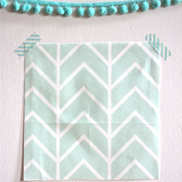 fitted crib sheet in mint chevron (exclusive to iviebaby)