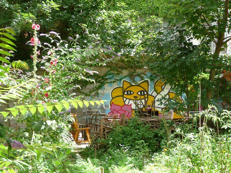 A community garden just off rue Marx Dormoy! Jardin partagé du Bois Dormoy, cité de la Chapelle, Paris 18e (75), 4 août 2012, photo Alain Delavie.