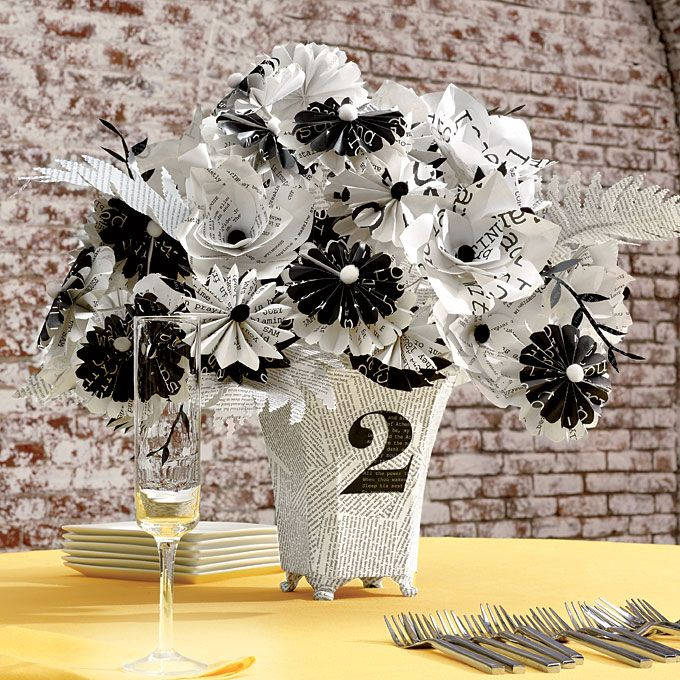 Unique Wedding Idea Typography Inspired Details Ideas Pinterest Paper Flower Centerpieces And