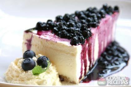 Receita de Cheesecake com mirtilo e geleia de amora em receitas de tortas doces, veja essa e outras receitas aqui!