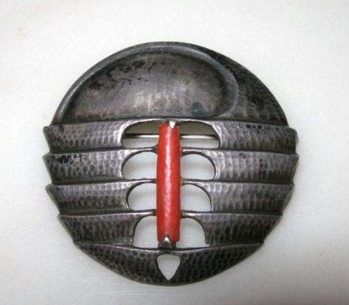Fons Reggers, Amsterdamse school broche, zilver.