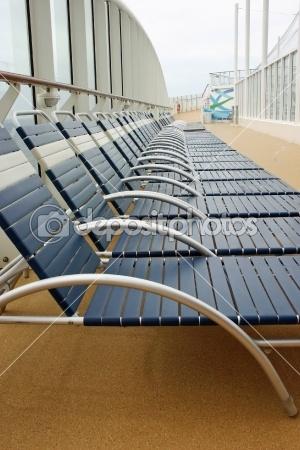Lounge Chairs — Stock Photo #9177601