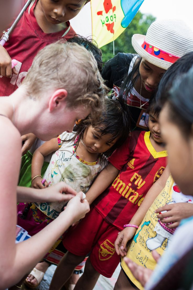 Connect with the local children in the Ka Tu mountain tribes #HoiAnEventsWeddings #HoiAn