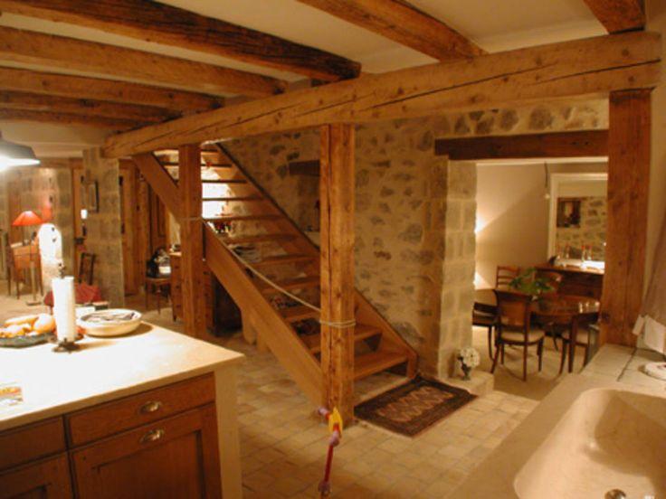 Pierre et Bois pour Intérieur Chaleureux | Escaliers rustiques ...