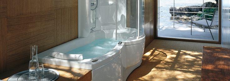 Le vasche con doccia #Jacuzzi: innovazione e modernità. Scopri tutti i vantaggi qui!