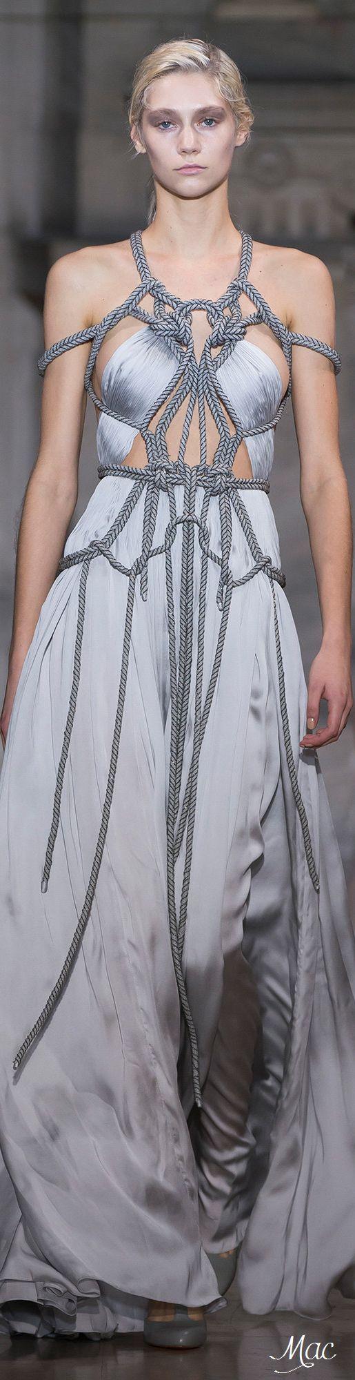 Spring 2016 Haute Couture Yiqing Yin