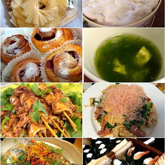 【みんなのお料理♡】 ・タラコと海老天のいよにぎりー ・沖縄の麩チャンプル ・あおさのスープ ・チーズ盛り合わせ ・ブルーベリーのロールパン ・鰯のカレーソテーエスニック ・豚肉のスパイシーレッドカレー焼き  写真はないけの、神戸きいちゃんからのイカナゴ まりちゃんからの愛媛のみかん!  ありがとうございました✨ - 82件のもぐもぐ - ホームパーティー(11)                   みんなのお料理たち by 志野