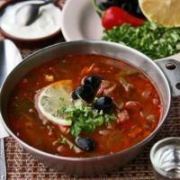 6 рецептов мясных солянок