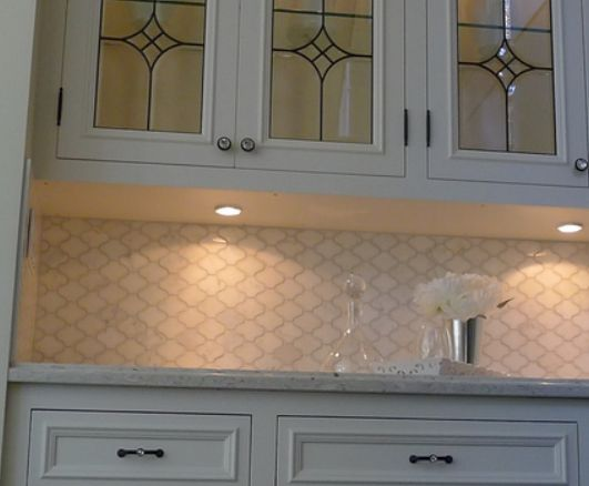 create this beautiful tile look backsplash with vinyl for