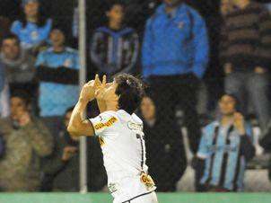 BotafogoDePrimeira: Com gol de Maxi Rodríguez, Grêmio vira sobre o Bot...