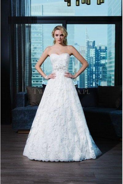 159 best Dress ideas images on Pinterest   Wedding dressses, Wedding ...