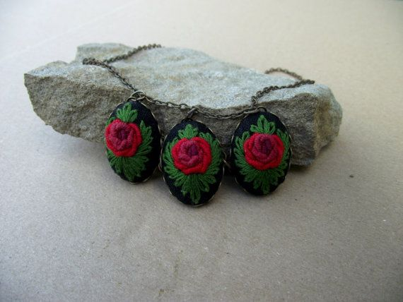 Embroidered necklace with red roses (color II), gift for women, red necklace, hand embroidered jewerly