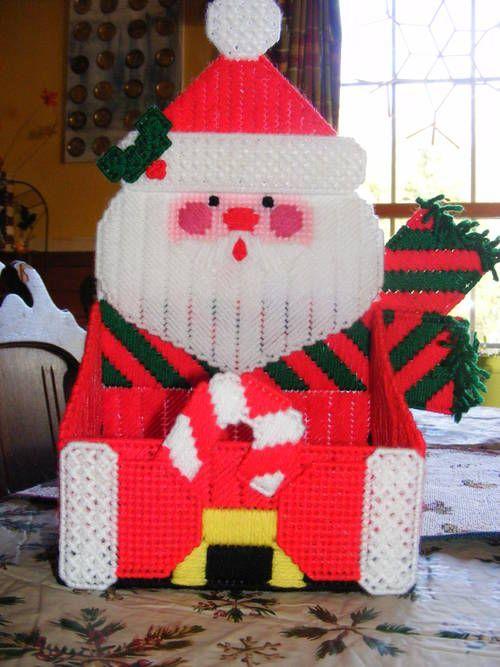 Plastic canvas Christmas card holder - MISCELLANEOUS TOPICS