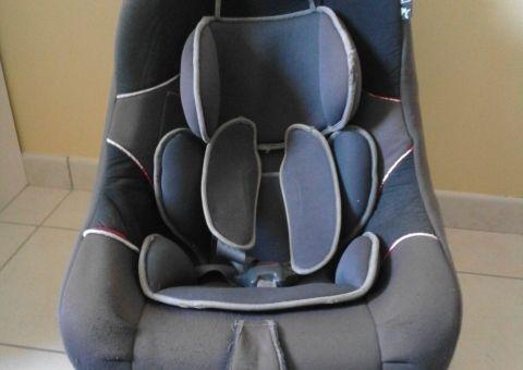 Donne siège auto Groupe 0 - 0+ / 1 base pivotante