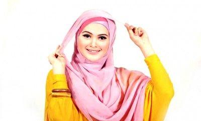 Jerawatmu tambah banyak semenjak memakai kerudung atau hijab? Ketahui cara mengatasi jerawat dan komedo karena pemakaian jilbab atau hijab di sini!  jerawat jerawat karena kerudung,jerawat karena hijab,jerawat karena jilba,jerawat yang muncul setelah mengenakan jilbab atau hijab,cara mengatasi jerawat karena berjilbab