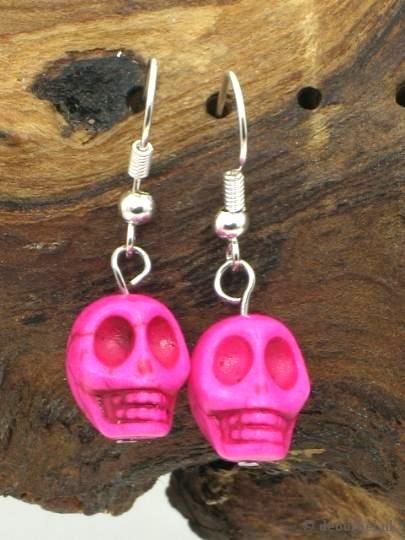 Leuke roze doodshoofd (skull) oorbellen Halloween earring #halloween