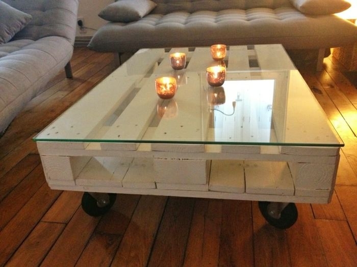 Tisch aus Paletten – 33 wunderbare Ideen! – Archzine.net