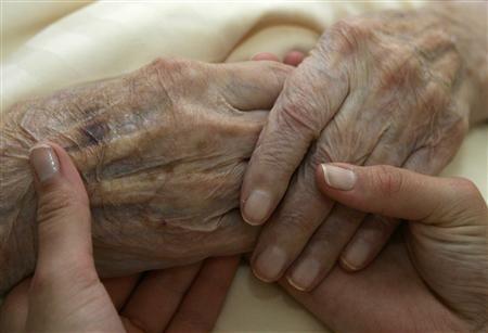 Fin de vie : Les cinq regrets les plus récurrents formulés par des patients en fin de vie consignés par une infirmière en soisn paliatifs australienne ...