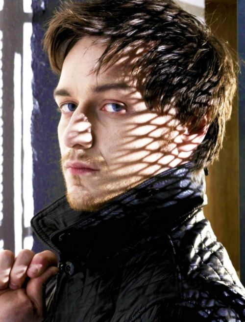 James mcavoy...blue eyes, scottish, hot and filthy......what more does a girl need ;-)