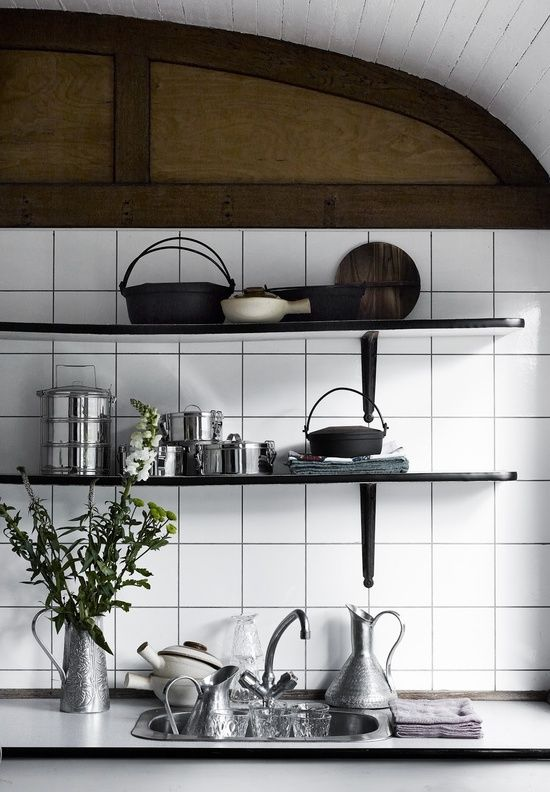 Sunday Kitchen day | Open shelves