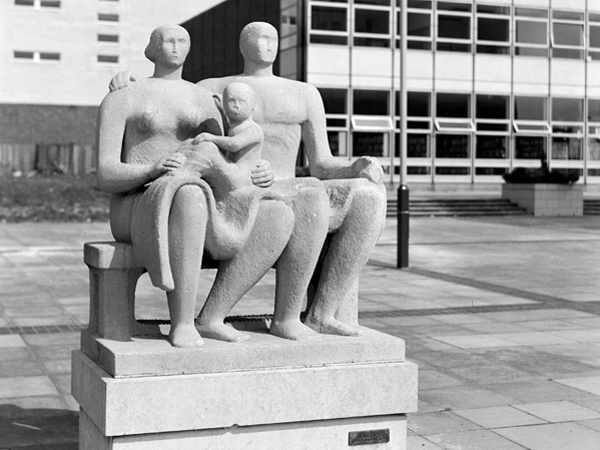 The Family in Harlow town centre by Henry Moore, 1954