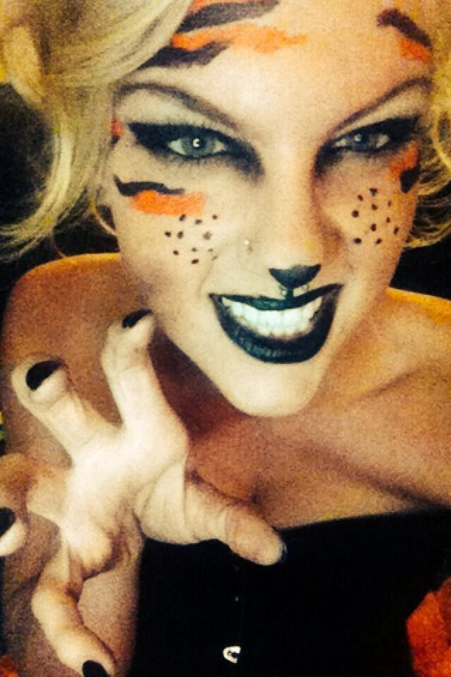 Kristal Novak's own pin-inspired tiger costume makeup