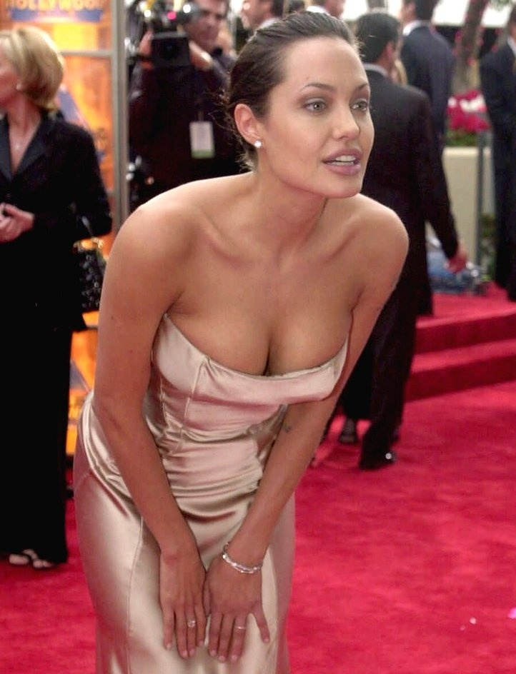 Julie andrue nude, mirna jukic porn
