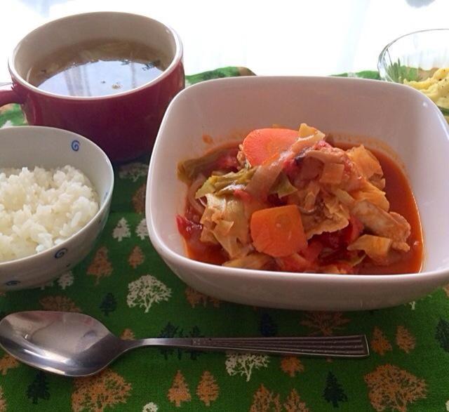 写真の写りでで手羽元がうつってないですが、手羽元と野菜のトマト煮です( ´ ▽ ` )ノ - 103件のもぐもぐ - 手羽元と野菜のトマト煮 マッシュポテト by zzcho