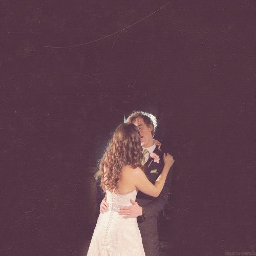 When they danced like this.   22 Moments Tom And Giovanna Fletcher Restored Our Faith In True Love