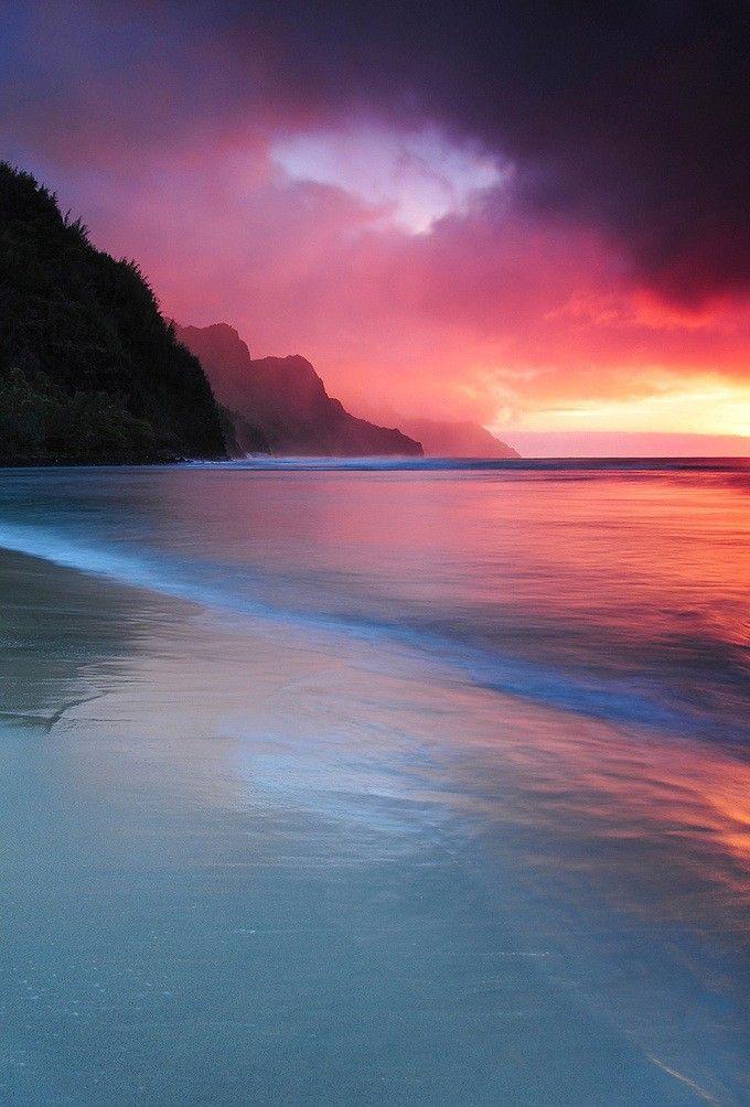 Tropical Spectrum: Hawaii