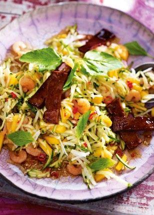 Das Rezept für Gemüse-Shrimps-Salat mit karamellisiertem Tofu und weitere kostenlose Rezepte auf LECKER.de