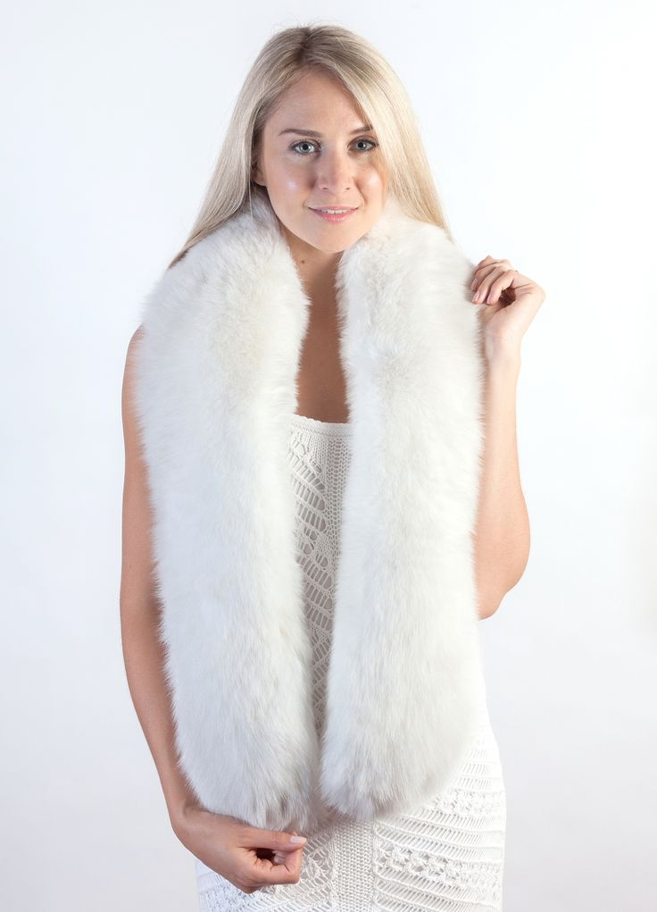 High quality white fox fur scarf will keep you warm and will act also a a luxurious accessory for the Wedding. Real white fox fur scarf, handmade in Italy. Top quality.  www.weddingfur.com