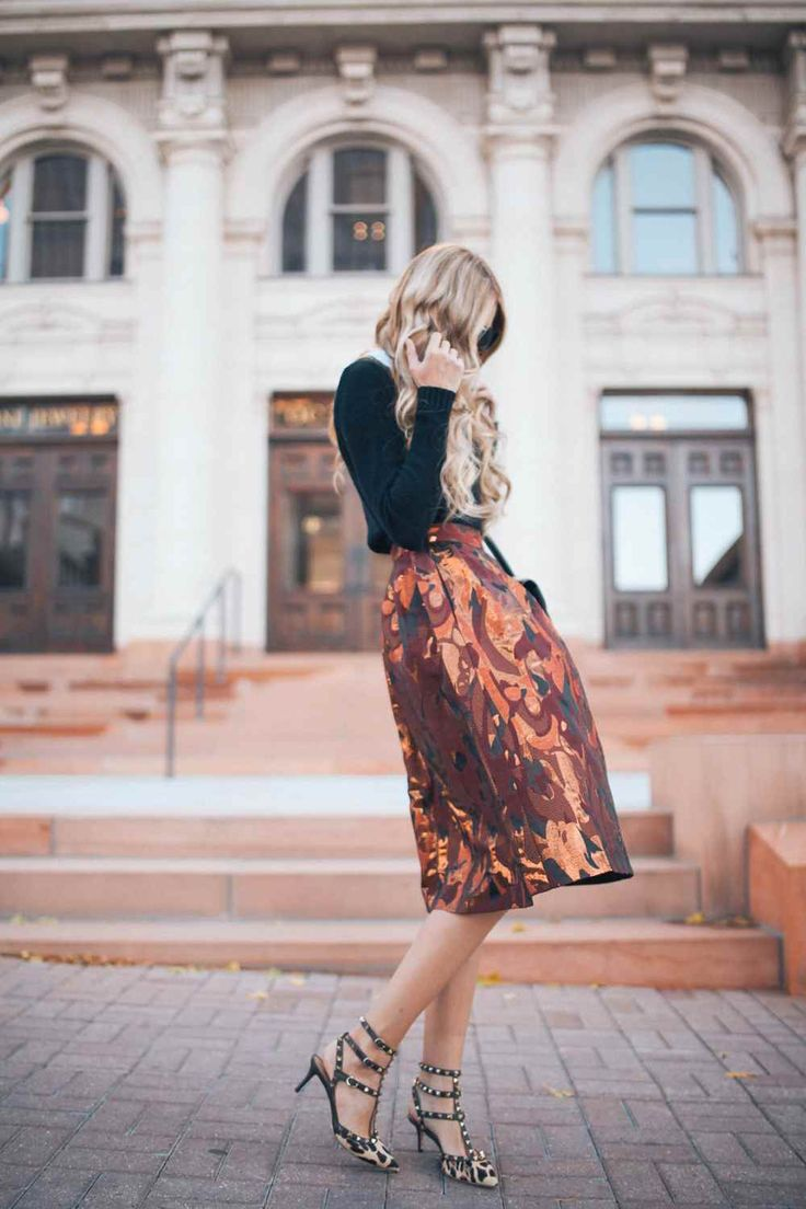 Midi Skirt // Amber Fillerup: Prints Midi, Midi Skirts, Fashion Beautiful, Skirts Outfits, Dresses Skirts, Metals Shoes Outfits, Metals Midi, Fashion Photography, Street Chic