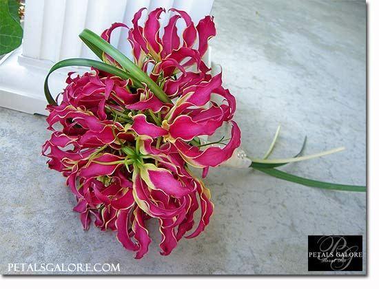 Свадебные букеты ( из глориозы - разные №1 ) bouquet-126-lg