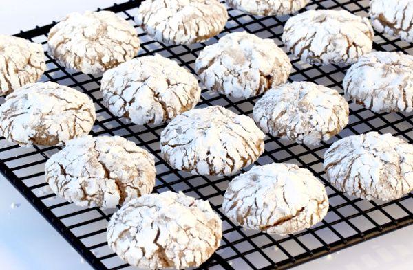 Einfache Chocolate Crinkle Cookies Rezept! 4 Zutaten – Die sparsamen Mädchen