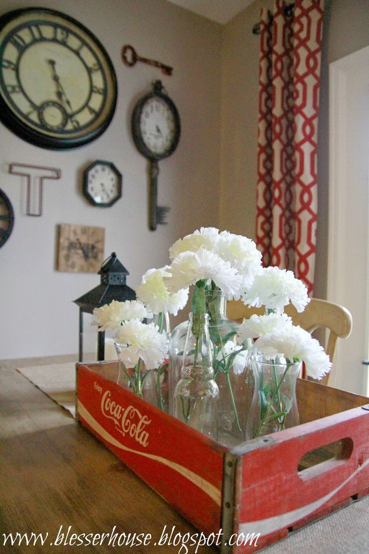 ❤️ the curtains and  wall art gallery, too!: Goodwill Find: Vintage Coca-Cola Crate Centerpiece - Bless'er House