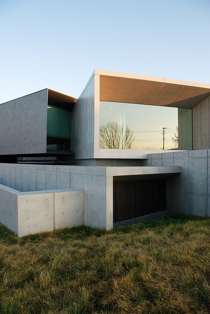 Layered volumes modern house