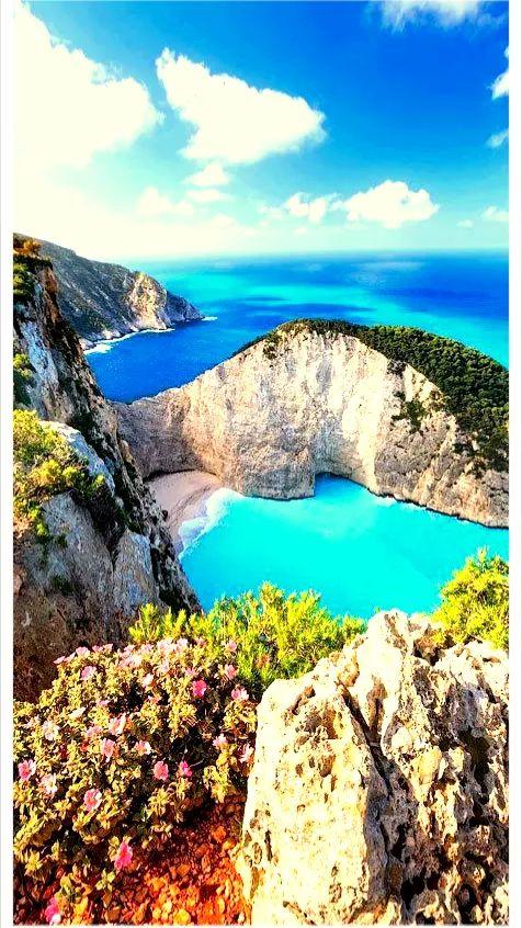 Navagio / Greece