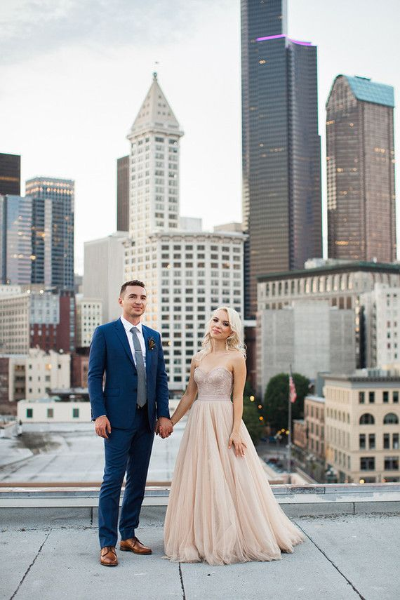 Elegant Seattle wedding ceremony. Bride in @watterswtoo Carina and Ahsan in blush.