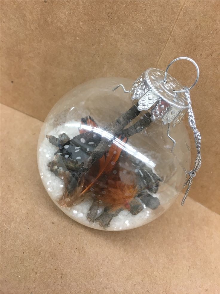 Snow and feathers Christmas ball