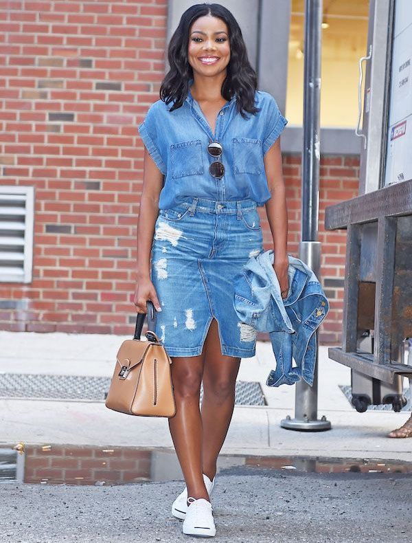 gabrielle-union-atriz-street-style-saia-camisa-jaqueta-jeans