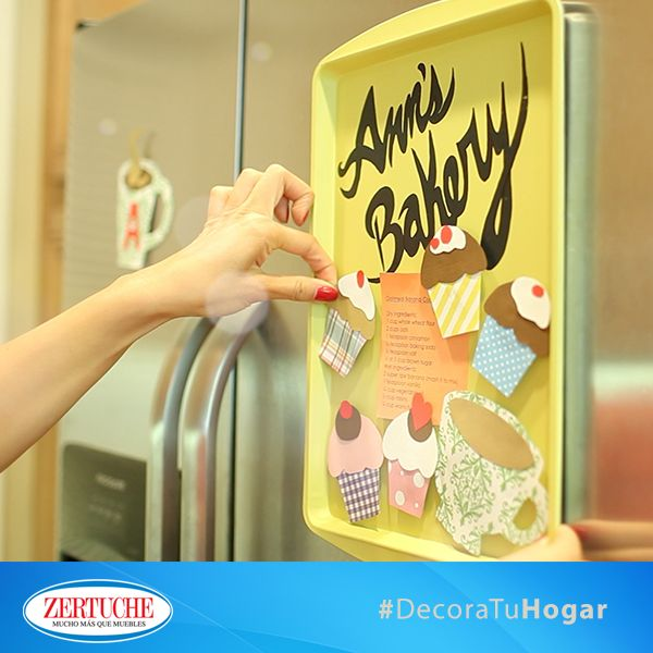 ¡Crea tu propia pizarra magnética! Utiliza bandejas para hornear viejas y pintalas como quieras   #DIY #Decora #Hogar