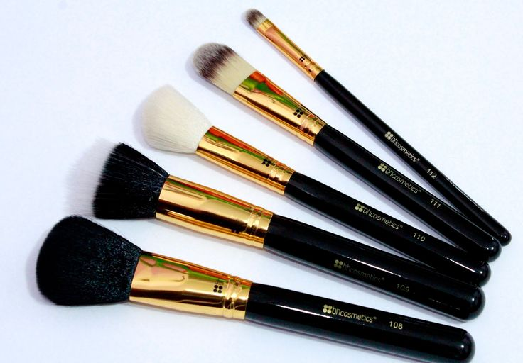 Review BH Cosmetics Face Essential 5 Piece Brush Set