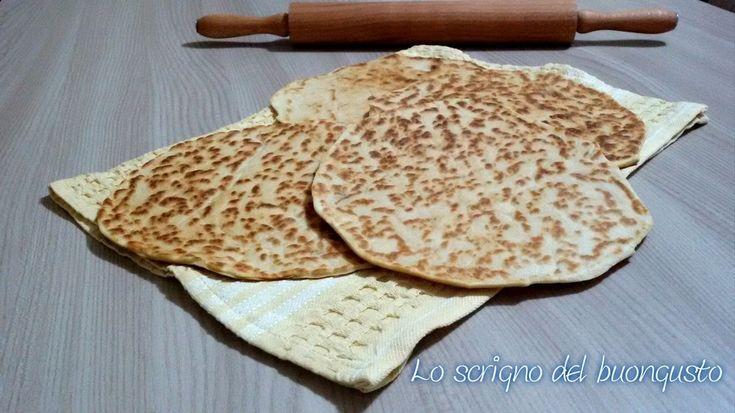PIADINE ROMAGNOLE http://loscrignodelbuongusto.altervista.org/piadine-romagnole/ #piadine #emiliaromagna #pizza #Food #ricettetipiche #cucina #ricettetipiche