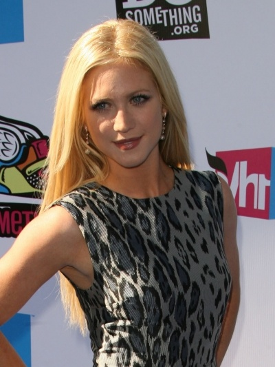 Brittany Snows straight and sleek hairstyle