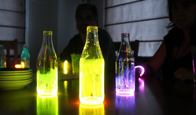 Glow lanterns! So pretty! Cut open a glow stick and shake into an empty bottle. Add water or oil to make it spread in the bottle. Can't wait til summer to try this!