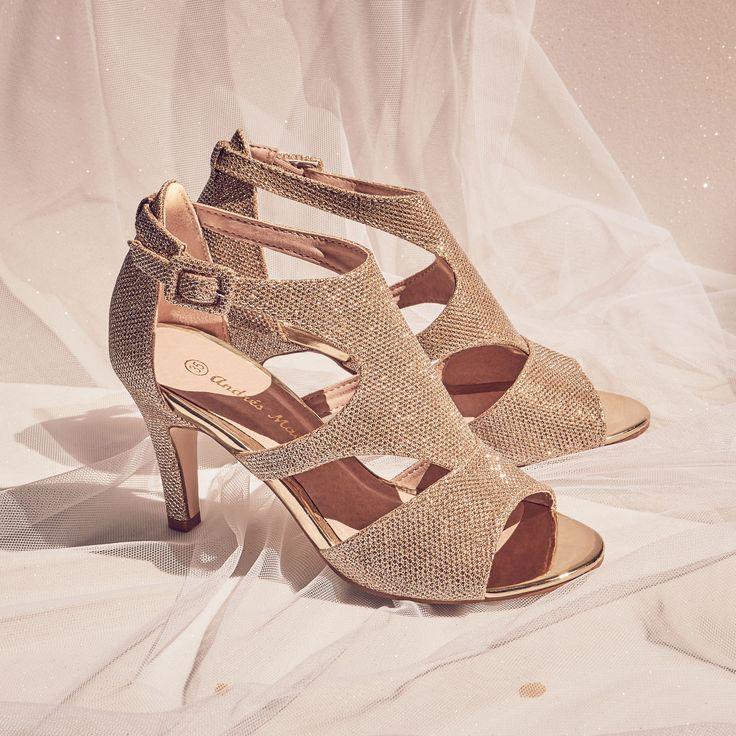 Sandalia de novia brillo dorado