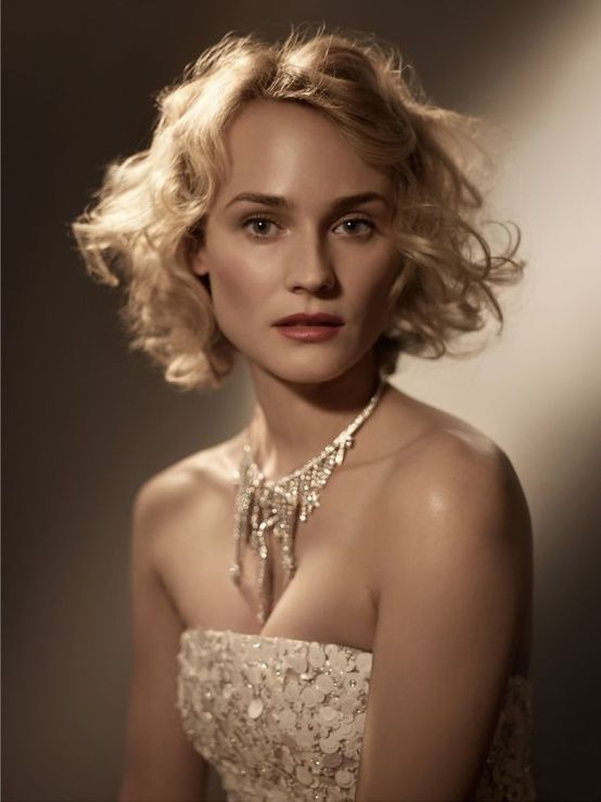 i'm in love... i'm in love with a german film star : Diane Kruger photographed by Mark...